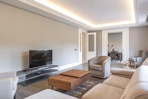 4 bedroom apartment - Castellana, Salamanca, Madrid