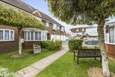 2 bedroom retirement property for sale - Briarwood, Banstead