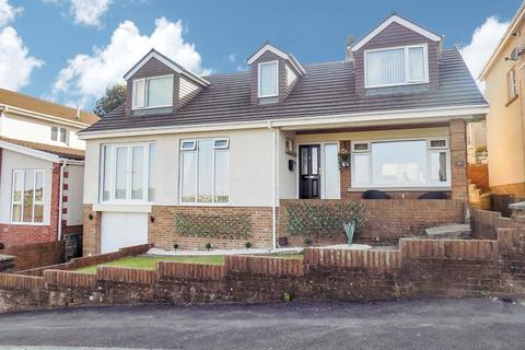 5 bedroom detached house for sale - Pascoes Avenue, Bridgend, CF31 4PQ