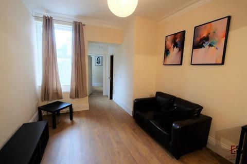 3 bedroom flat to rent - Grantham Road, Newcastle Upon Tyne