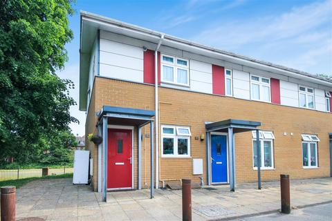 2 bedroom flat to rent - Bartlett Way, Parkstone, Poole