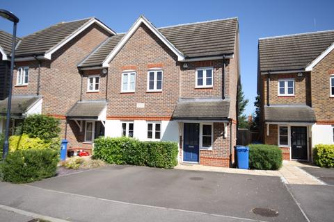 3 bedroom semi-detached house to rent - Dalby Gardens, Maidenhead, Berkshire