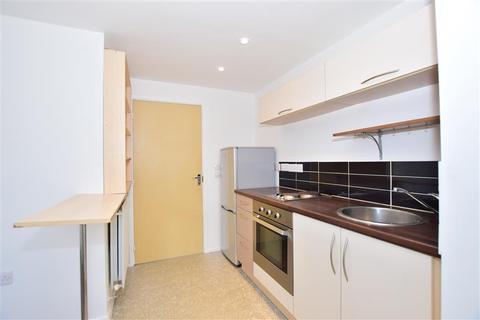 1 bedroom ground floor flat for sale - Bismuth Drive, Sittingbourne, Kent