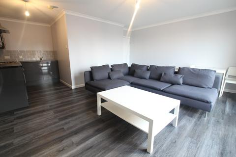 2 bedroom flat to rent - Gilmartin Grove, City Centre, Liverpool, L6 1EG