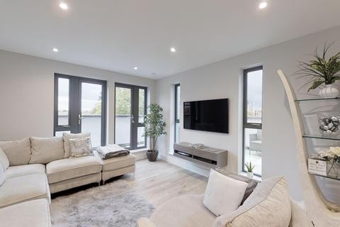 2 bedroom apartment for sale - Dominion Court, London Road, Hounslow TW3