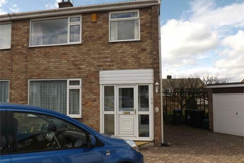 3 bedroom semi-detached house to rent - 13 Friarside