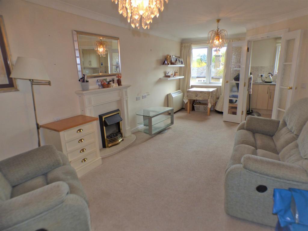 One Bedroom Retirement Flat