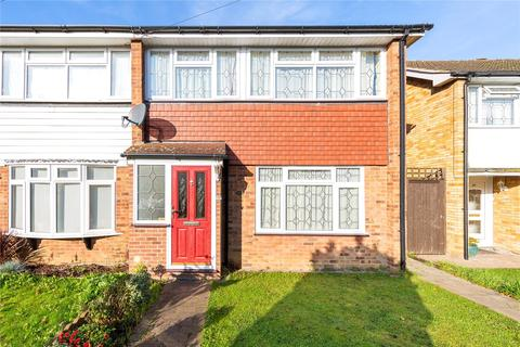 3 bedroom end of terrace house for sale - West Malling Way, Hornchurch, RM12