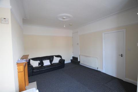 2 bedroom terraced house to rent - Nice View Nice View,  Leeds, LS8
