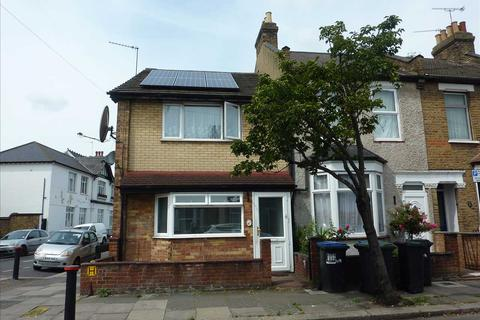 2 bedroom end of terrace house for sale - Raynham Avenue, London