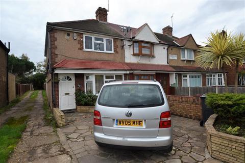 3 bedroom end of terrace house for sale - Hampton Road West, Hanworth