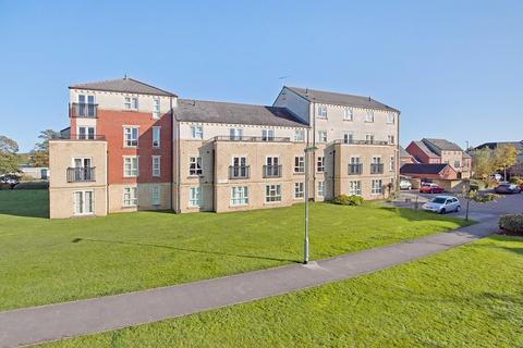 2 bedroom apartment for sale - Silver Cross Way, Guiseley