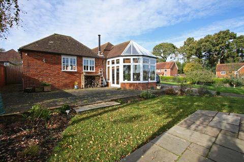 3 bedroom detached bungalow for sale - Hawkhurst