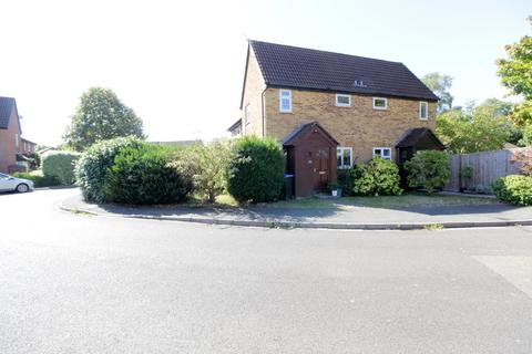 1 bedroom semi-detached house to rent - Bitterne Drive, Woking