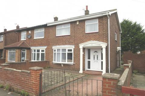 3 bedroom semi-detached house for sale - Rubens Avenue, Whiteleas,  South Shields,  NE34 8JU