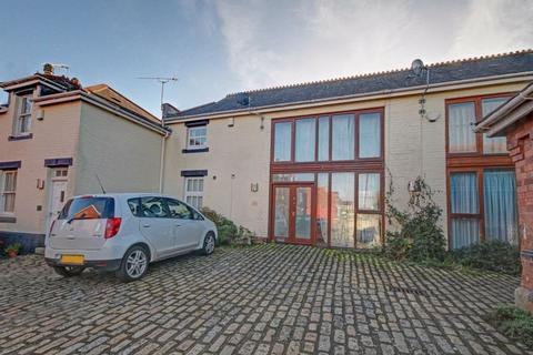 2 bedroom terraced house for sale - Sivell Place, Exeter