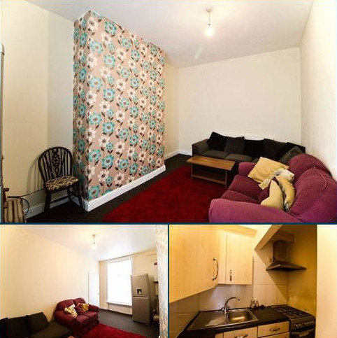 3 bedroom terraced house to rent - Bell Street, Huddersfield