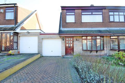 3 bedroom semi-detached house to rent - Sunningdale Close, Burtonwood, Warrington, WA5