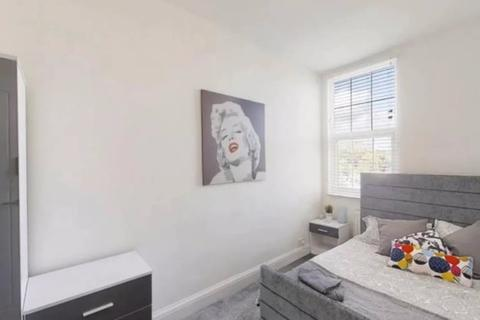 1 bedroom house share to rent - Ordnance Terrace, Chatham