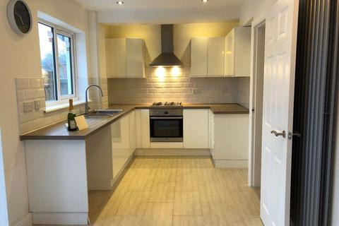 3 bedroom house to rent - Bell Holloway, B31 1LS