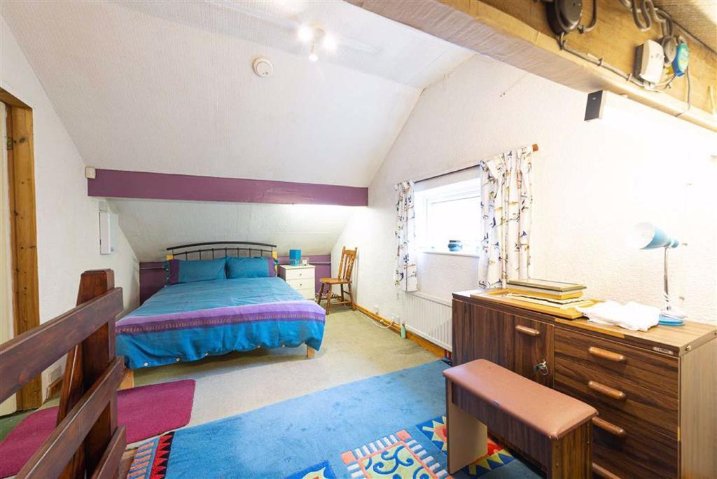 LOFT ROOM No. 1