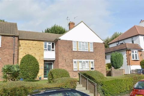 2 bedroom maisonette for sale - Clifton Road, Coulsdon, Surrey
