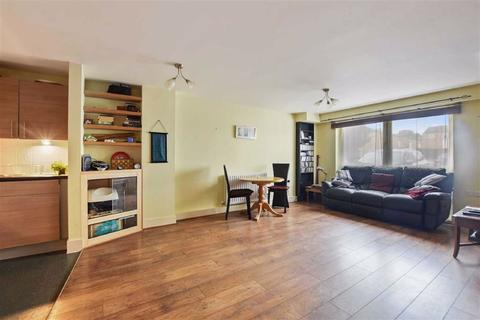2 bedroom flat for sale - Weighton Road, Anerley, London