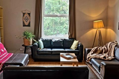 1 bedroom house share to rent - Providence Avenue, Leeds, LS6 2HN