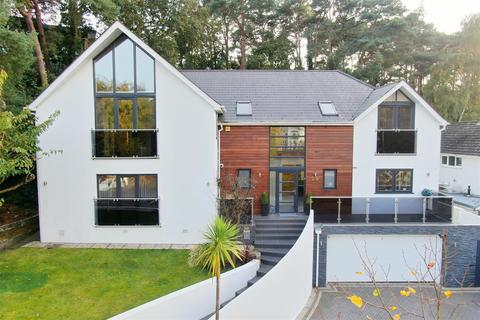 5 bedroom detached house for sale - Links Road, Lower Parkstone, Poole