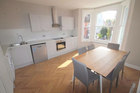Property to rent - Oxford Road, West Sussex