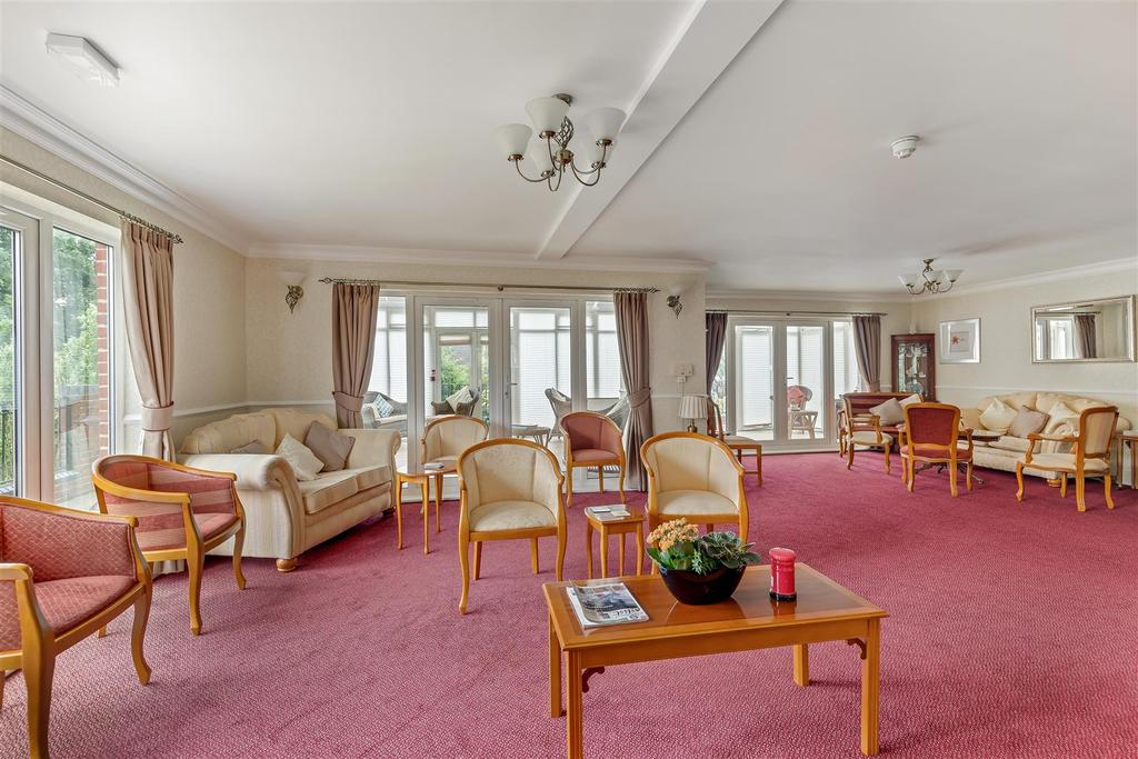 Common Room (2).jpg