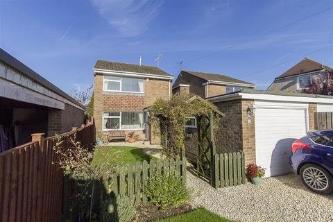 3 bedroom detached house for sale - Ashover Road, Old Tupton, Chesterfield