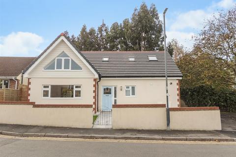 3 bedroom detached house for sale - Woodside Road, Kingswood, Bristol