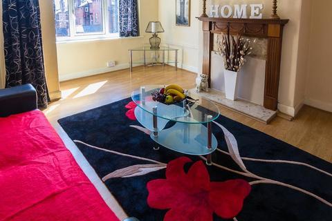 2 bedroom property to rent - 35 Manor Avenue, Headingley