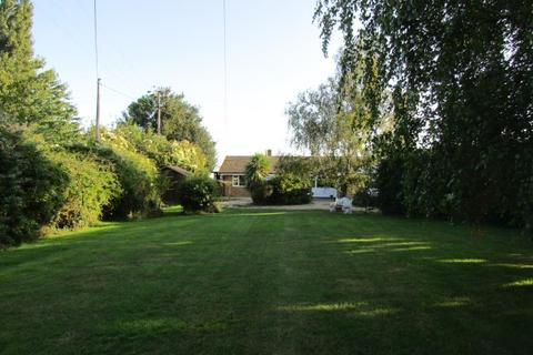 4 bedroom bungalow to rent - Ash Street, Wrabness CO11