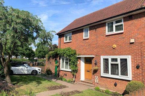 3 bedroom semi-detached house for sale - Elmdon Road, Hounslow, TW4