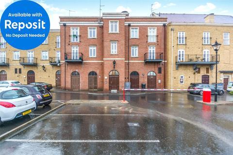3 bedroom apartment to rent - Grange House, Dickens Heath, Solihull, B90