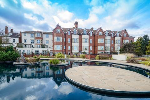 3 bedroom apartment for sale - Royal Court Apartments, 66 Lichfield Road, Sutton Coldfield, West Midlands, B74