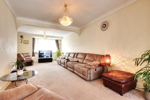 5 bedroom semi-detached house for sale - Crosslands Avenue, Southall, Middlesex, UB2