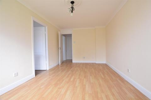 1 bedroom flat for sale - Braithwaite Avenue, ROMFORD, RM7 0DS