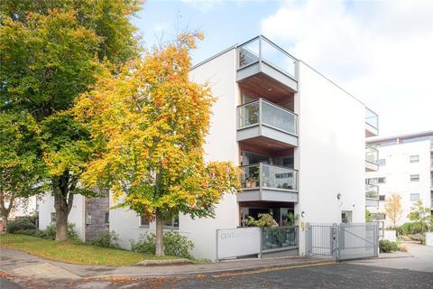 2 bedroom flat for sale - Century Court, Montpellier Grove, Cheltenham, Gloucestershire, GL50