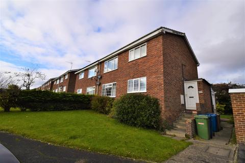 2 bedroom flat for sale - Amy Johnson Avenue, Bridlington, YO16 6HX