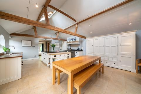 4 bedroom barn conversion for sale - Little Heath Lane, nr Berkhamsted HP4
