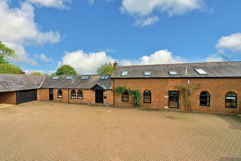 4 bedroom barn conversion for sale - Little Heath Lane, nr Berkhamsted HP4