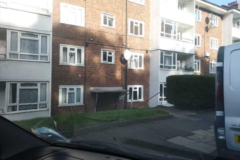 2 bedroom flat to rent - Bostall Lane, London