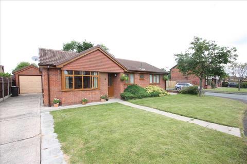 3 bedroom detached bungalow for sale - Saxon Way, Great Sutton