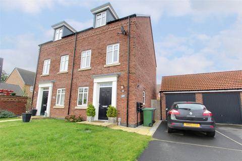 3 bedroom semi-detached house for sale - Newman Avenue, Beverley, East Yorkshire, HU17