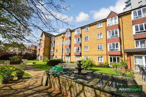 1 bedroom apartment - Kings Lodge, North Finchley, N12