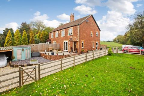 3 bedroom cottage for sale - EASTCOMBE