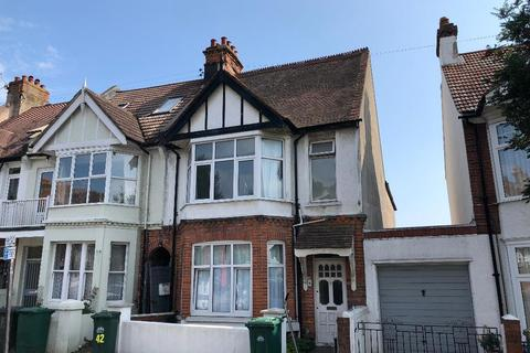 5 bedroom end of terrace house for sale - Lyndhurst Road, Hove, East Sussex, BN3 6FB